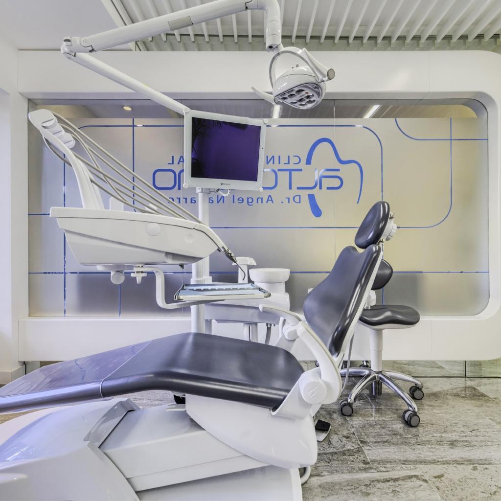 clinica dental altozano02 1024x1024 1