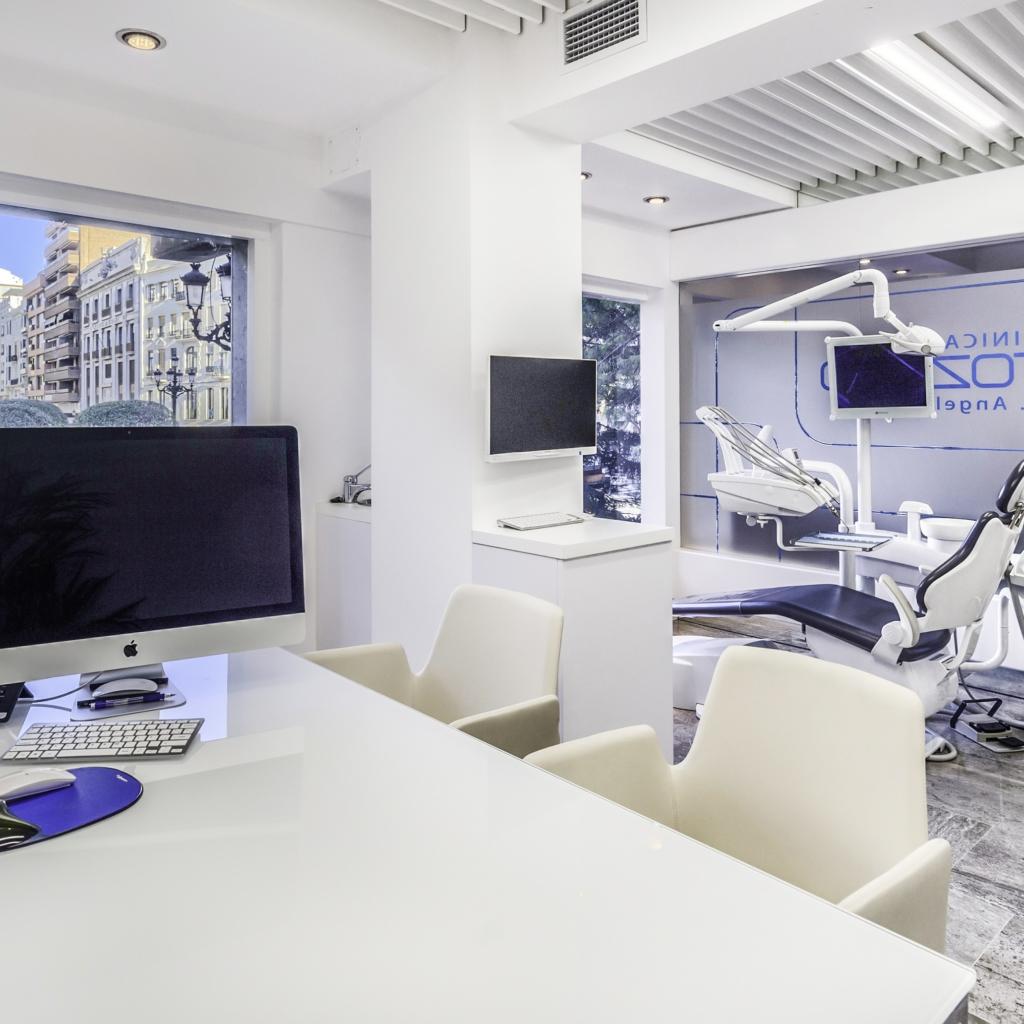 clinica dental altozano06 1024x1024 1